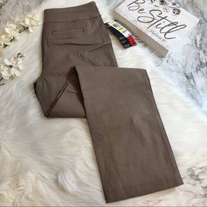 Style & Co Pants Casual Slim Straight Leg, Size M